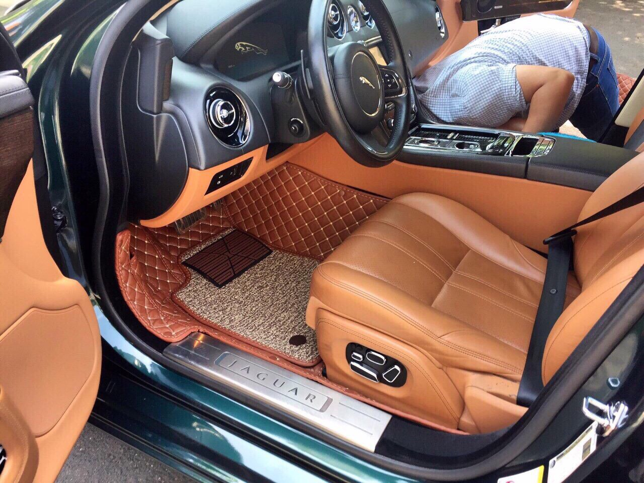 Đổi màu nội thất xe ô tô