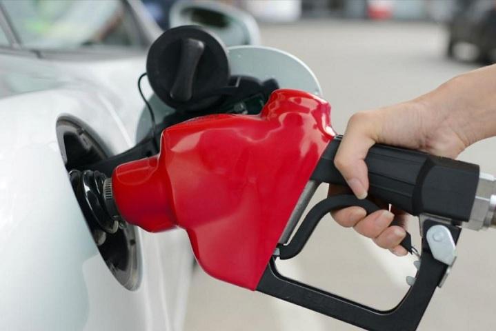 Bật mí kinh nghiệm lái xe ô tô tiết kiệm xăng ?