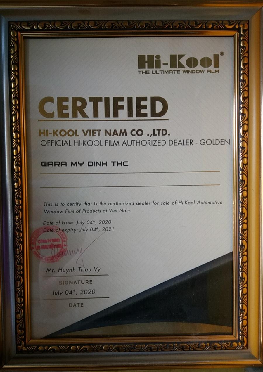 Hi- Kool UVCare cho kính lái xe 5 chỗ giá như nào ?