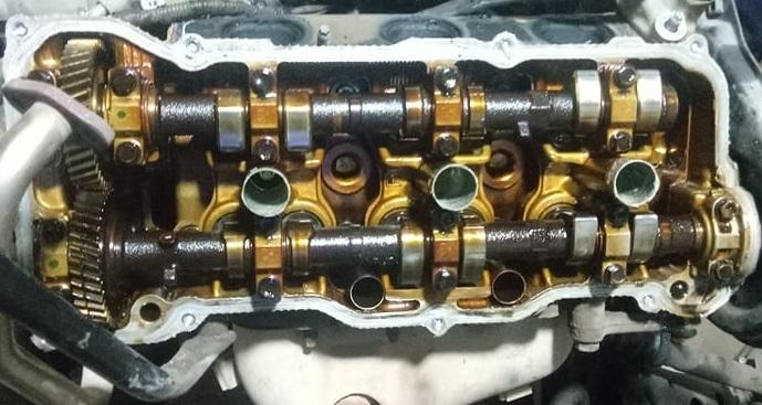 Mặt máy của động cơ