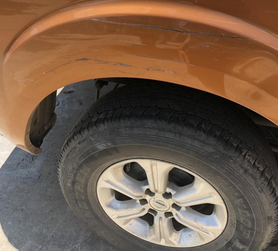 Mình muốn sơn xe lại bạn báo giá mình được không ?