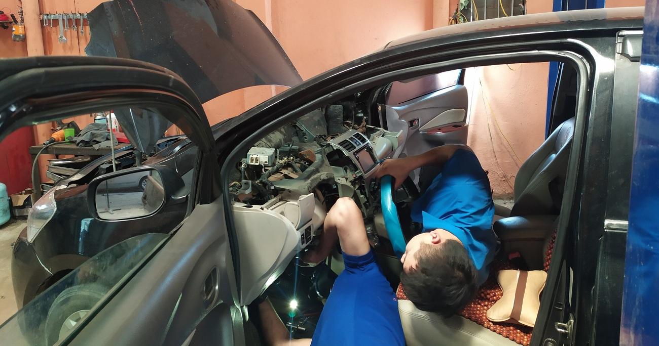 Bảo dưỡng sửa chữa hệ thống lái cho xe Toyota Vios tại Trung Tâm Kỹ Thuật Ô Tô Mỹ Đình THC